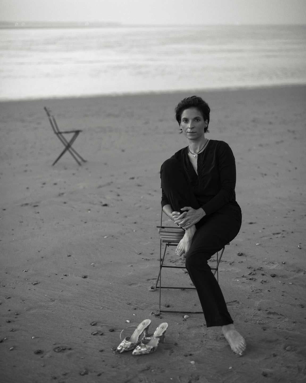 Portrait de Frédérique Bargeas sur la plage de Ronce les bains