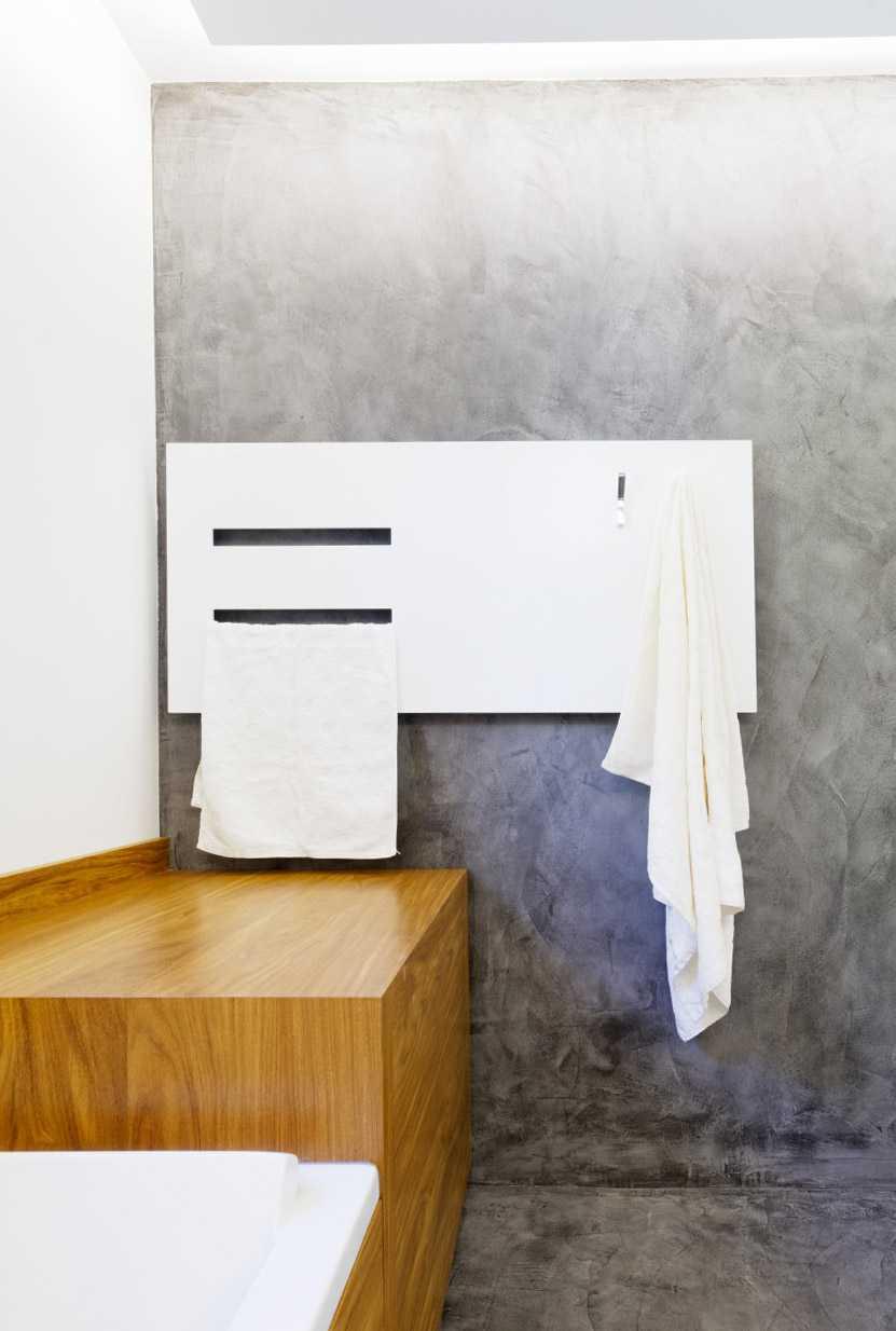 Sèche serviette unique dessiné par Frédérique Bargeas